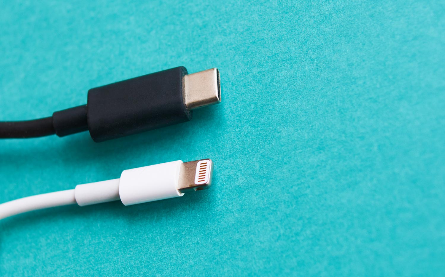 The Fate of Lightning: Will Apple Go All-In On USB-C