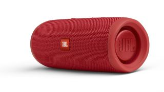 JBL Charge 4 vs JBL Flip 5: which is better?