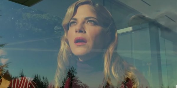 Selma Blair sees aliens in Another Life
