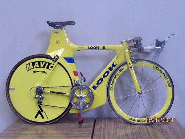 Manolo Saiz Look TT bike auction