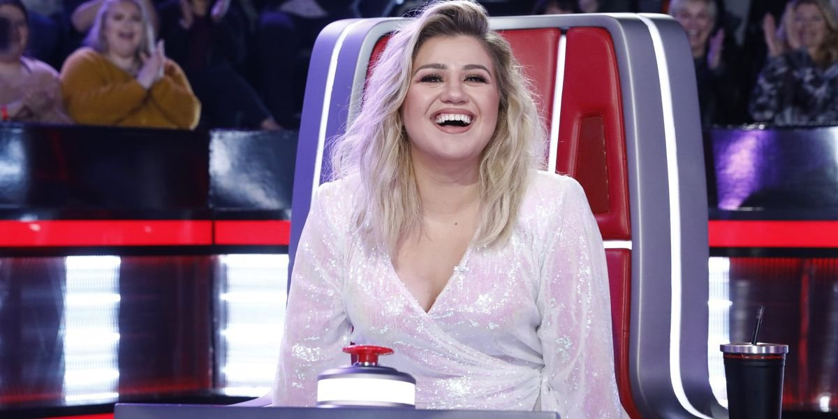 Kelly Clarkson on The Voice.
