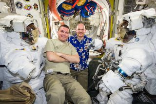 Wiseman and Gerst to Spacewalk on Oct. 7, 2014