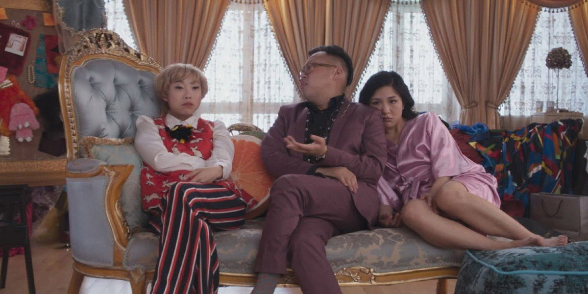 Awkwafina, Nico Santos, Constance Wu - Crazy Rich Asians