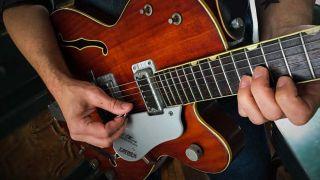 Mister Neutron | Guitarworld