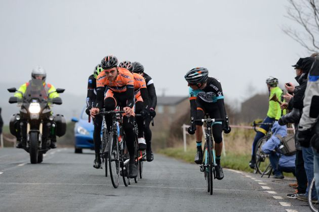 Partridge and Holohan chase into final lap, Clayton Velo Road Race