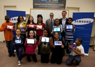 Middle school students go paperless with new slim tablet