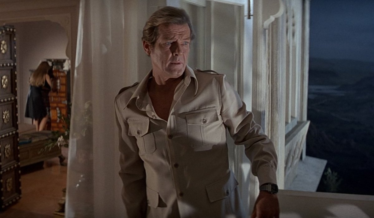 Octopussy Roger Moore sneaking into a woman's room