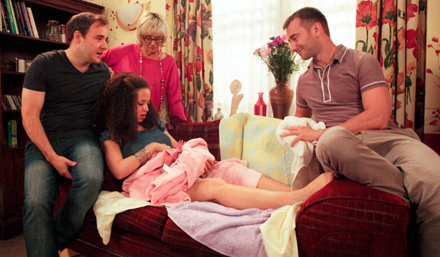 Kirsty gives birth after a fight with Tina!