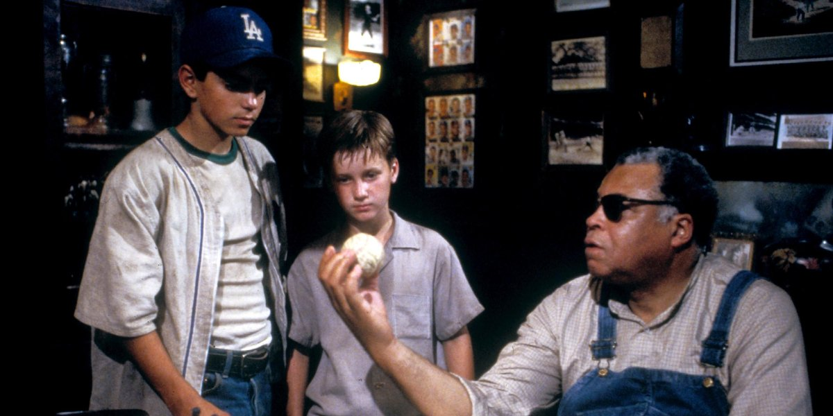 Mike Vitar, Tom Guiry, and James Earl Jones in The Sandlot