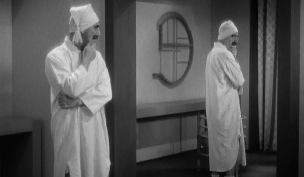 Groucho and Chico, dressed as Groucho, in Duck Soup