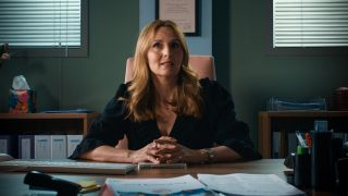 Debra Stephenson plays Jeni Sinclaire in Holby City