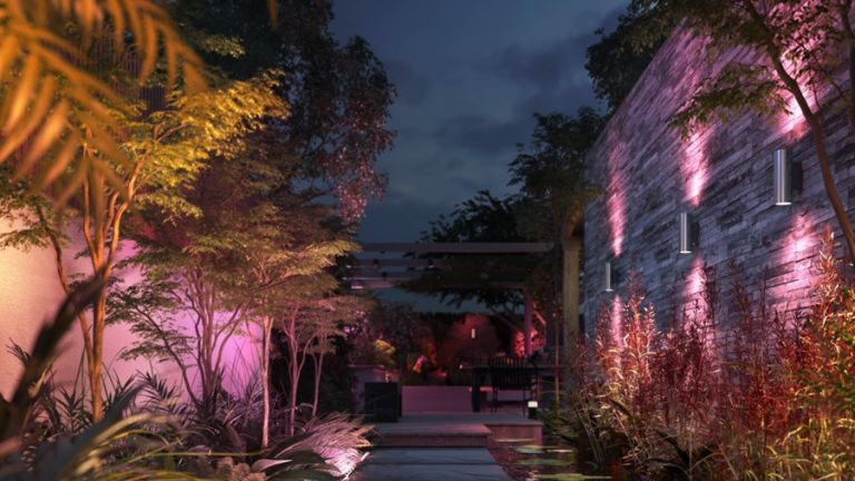 Philips Hue Amarant and Philips Hue Appear outdoor lighting