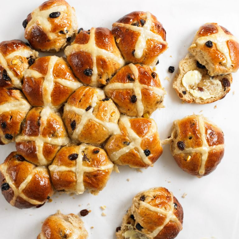 Photo of a hot cross buns recipe