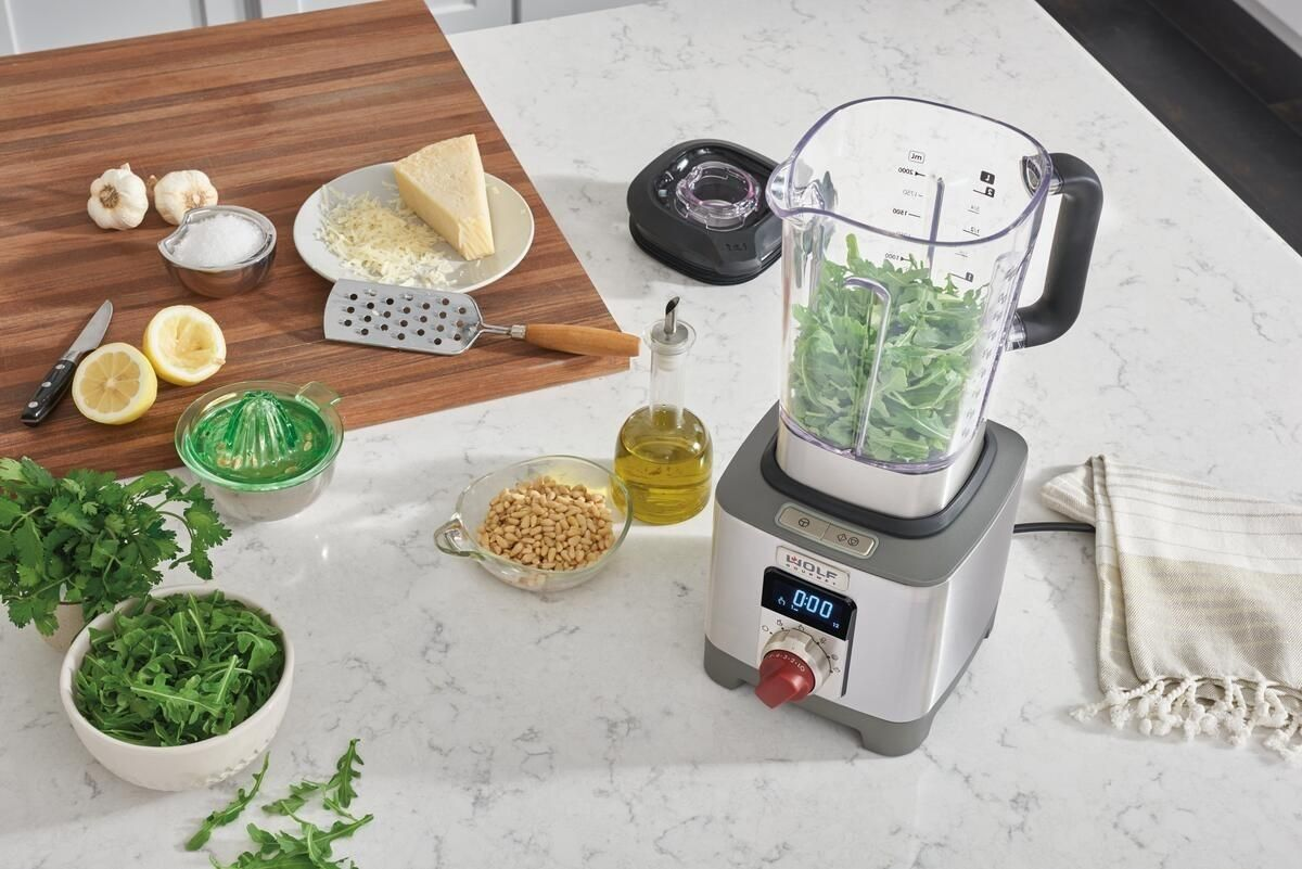 8 things to make in a blender to speed up every day meals