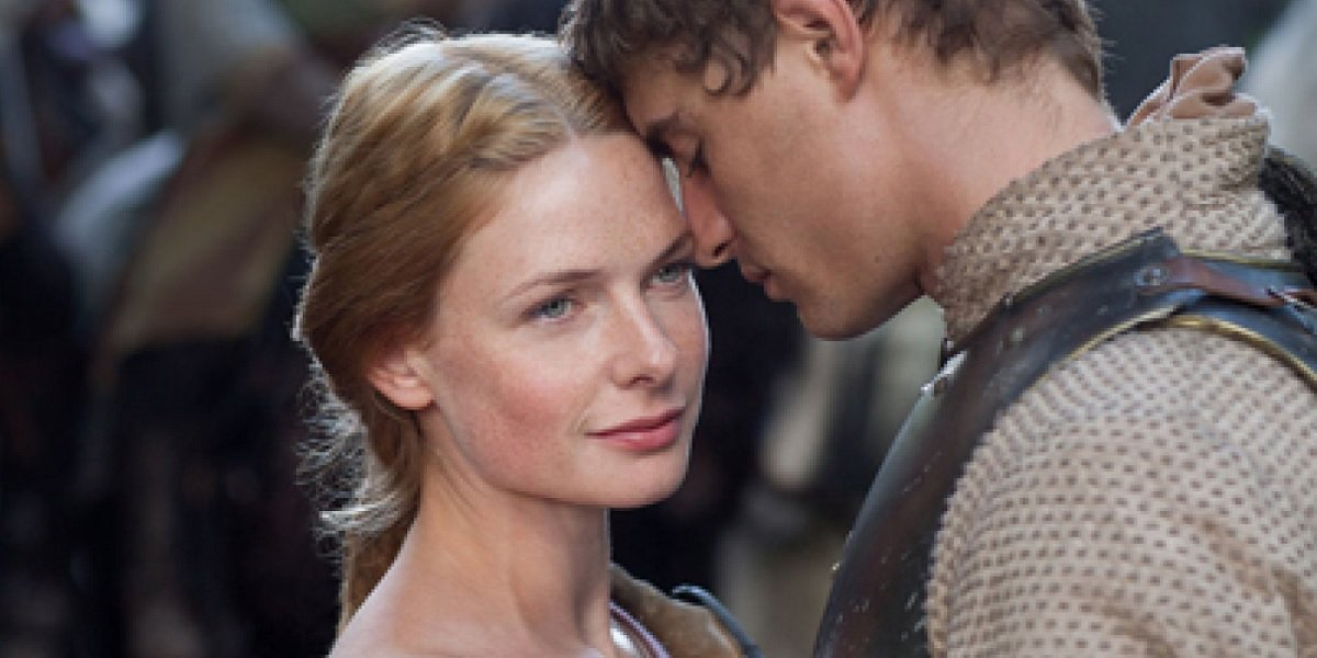 Rebecca Ferguson and Max Irons in The White Queen