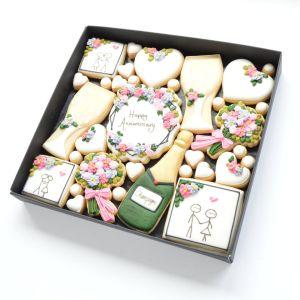 Anniversary biscuit gift box