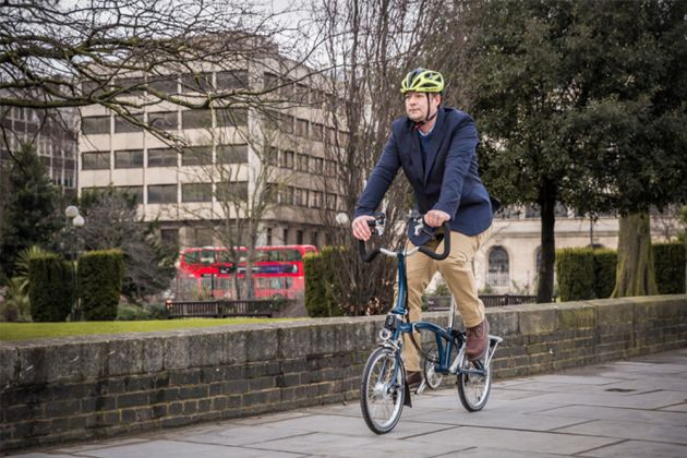 Steve Shrubsall on a Brompton by  Chris Catchpole