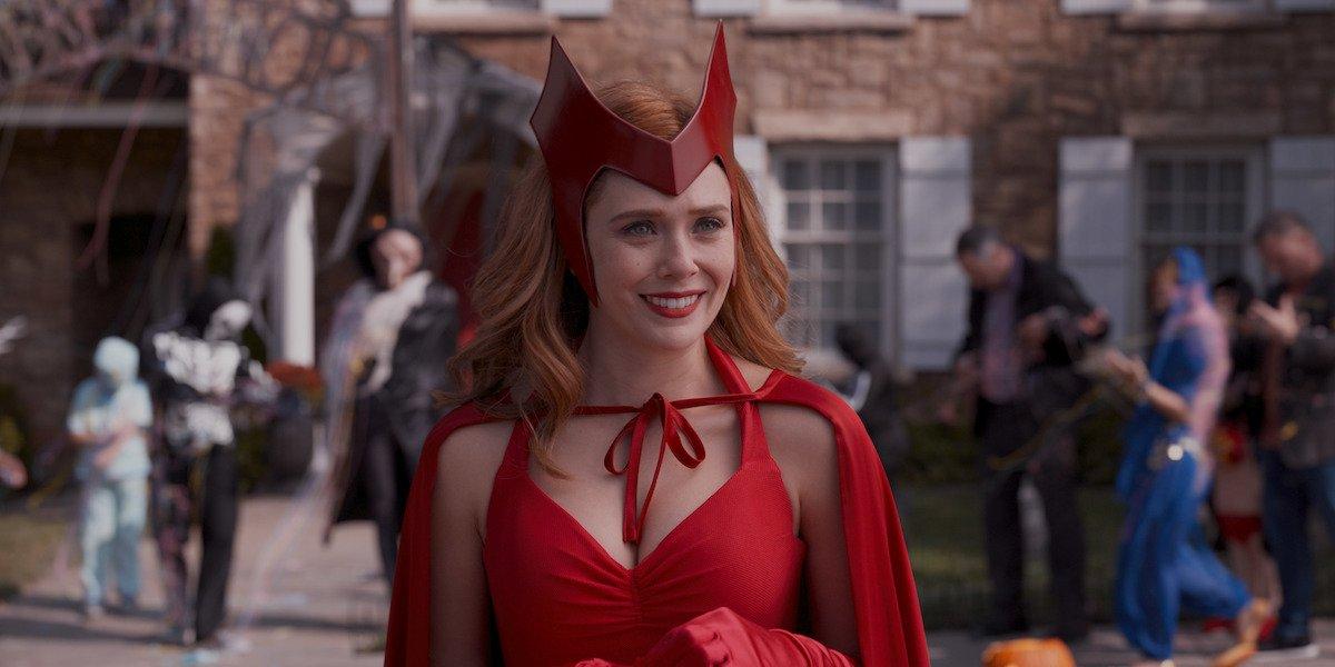 wandavision wanda in witch costume