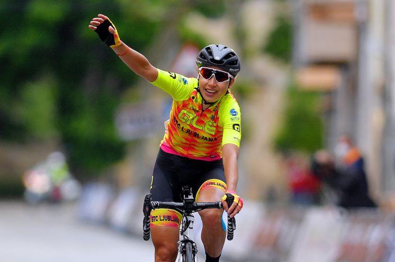 Anastasiia Chursina wins stage two of the 2021 Vuelta a Burgos