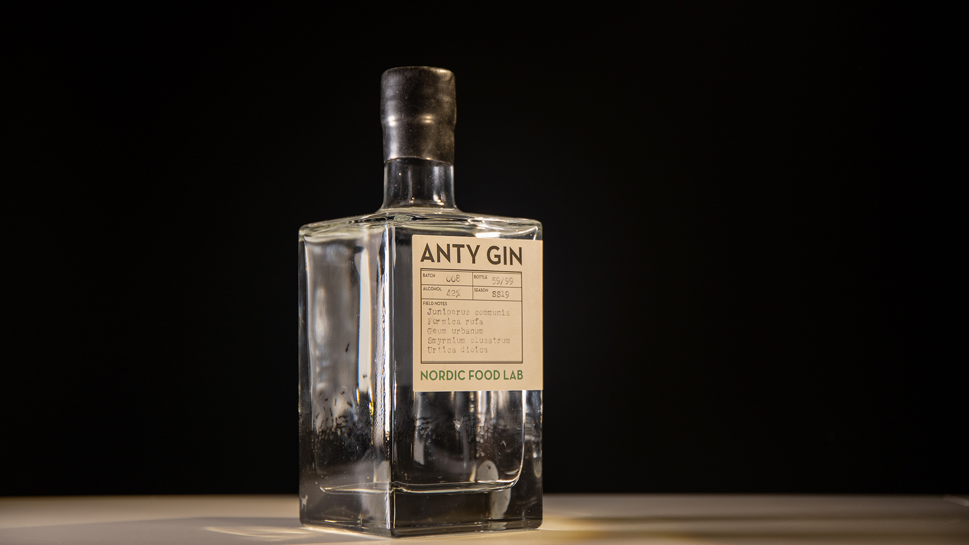 Anty Gin is flavored with juniper and nettle. And of course, ants.
