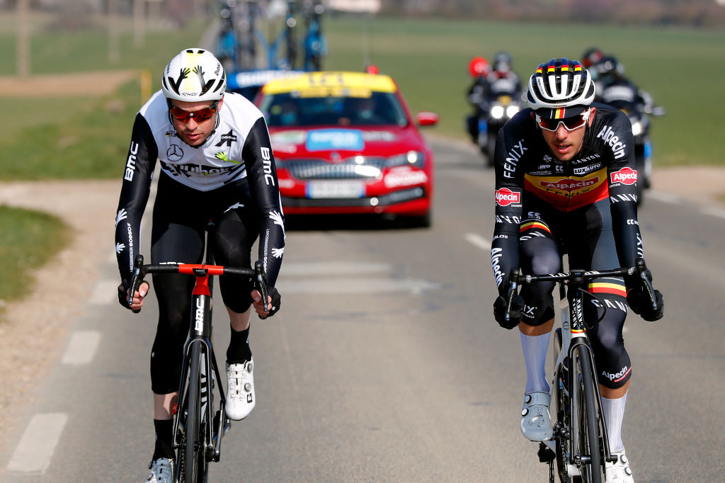 Sander Armee and Dries De Bondt in the break at Paris-Nice