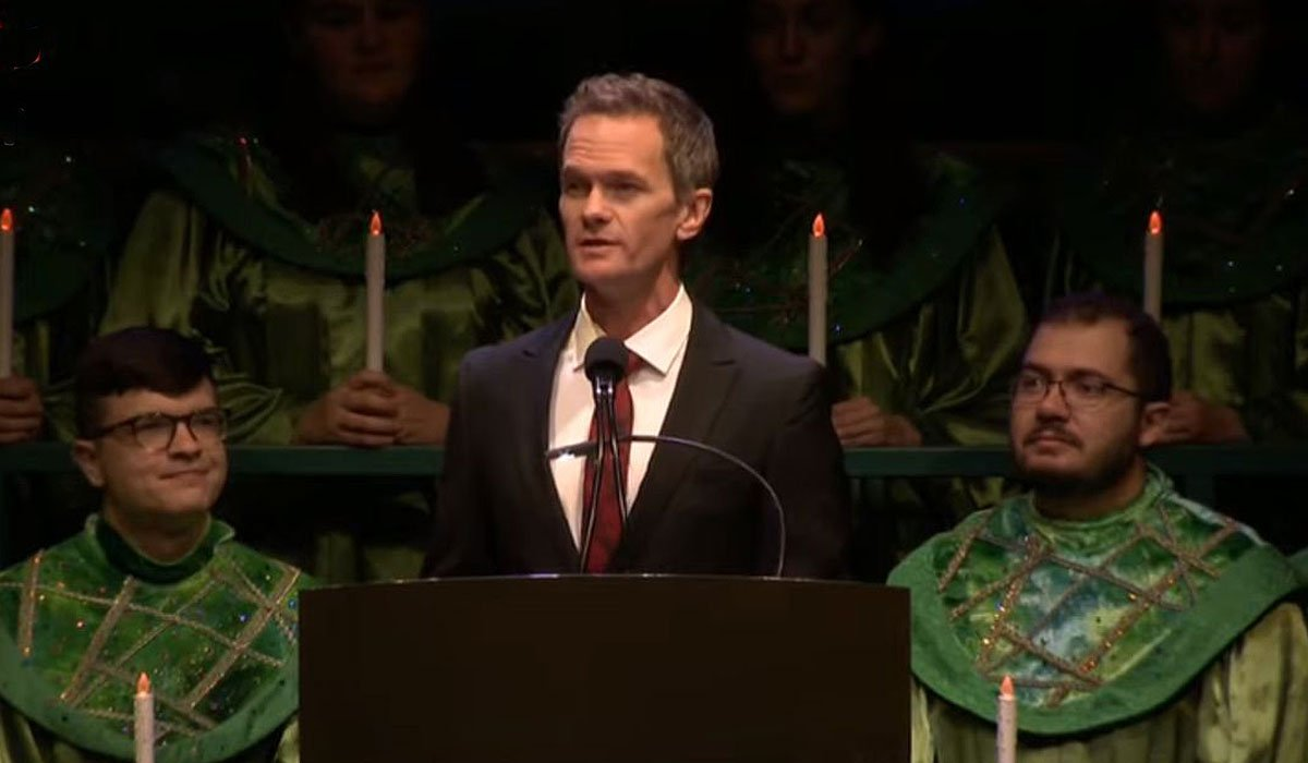 Neil Patrick Harris at Walt Disney World's Candlelight Processional screenshot