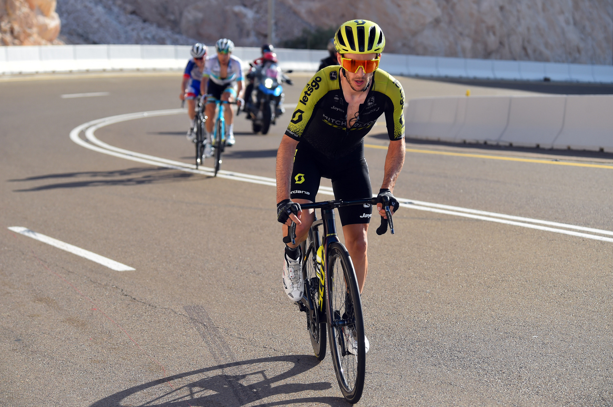 Adam Yates won stage 3 of the UAE Tour atop Jebel Hafeet