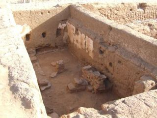 Archaeologists have discovered a 1,700-year-old school, with Greek writings on its walls, at the ancient town of Trimithis at the Dakhla Oasis in the western desert of Egypt.