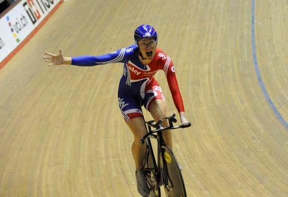 Sarah Storey celebrates women's team pursuit track WC 2011.jpg