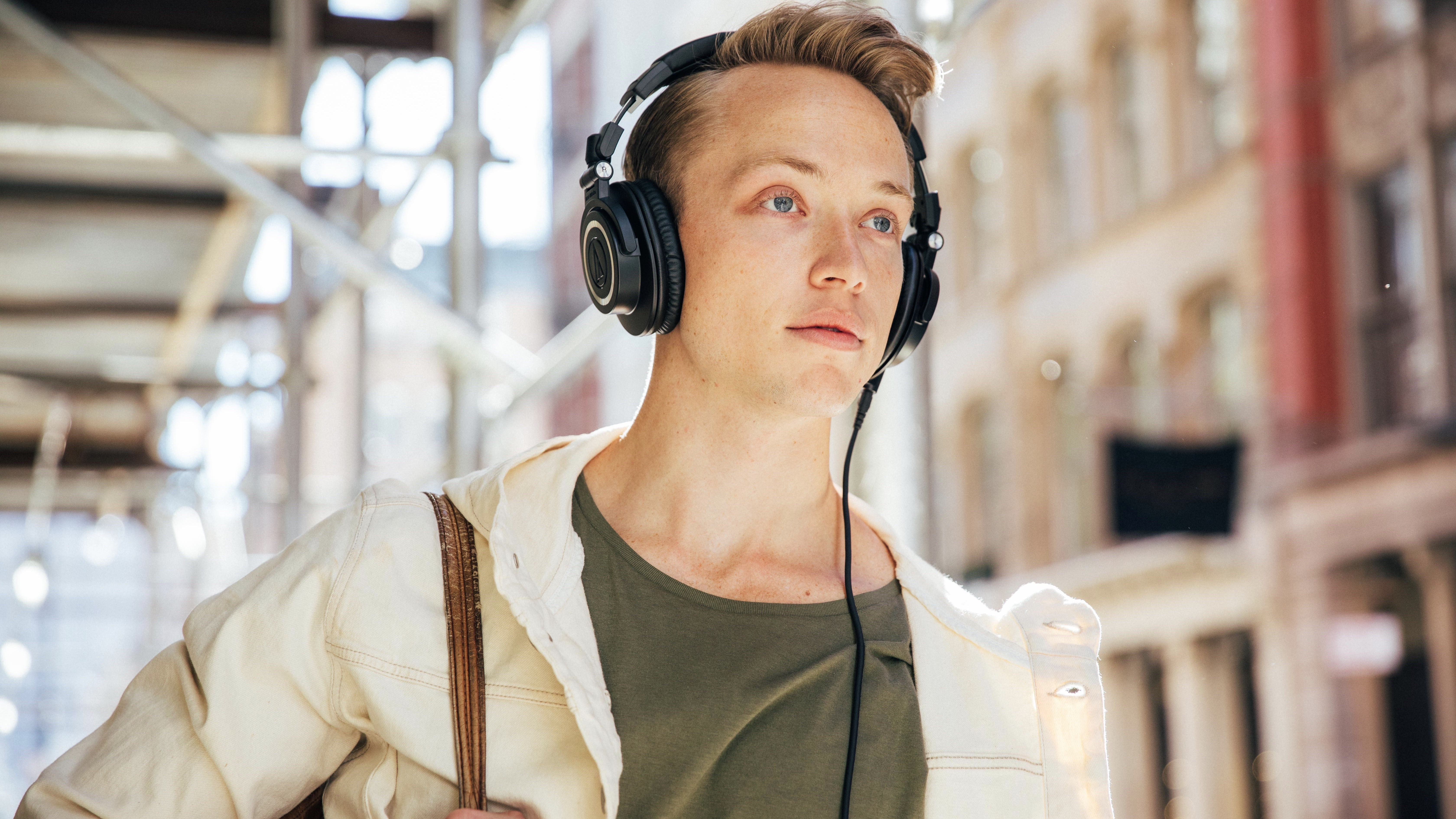 Best Wireless Headphones 2020 The Best Over Ear Bluetooth Headphones And Some Best Buds T3