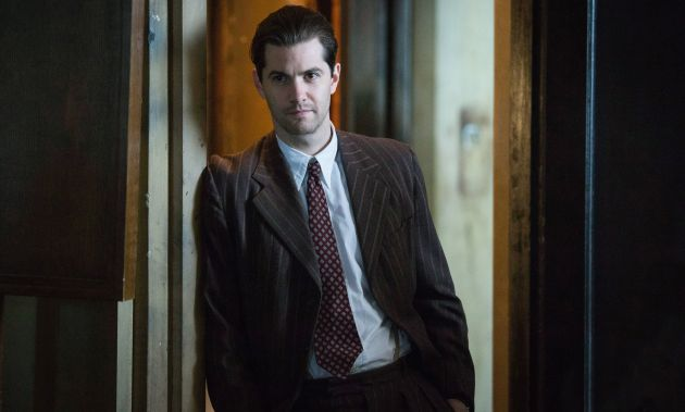Jim Sturgess in Close To The Enemy