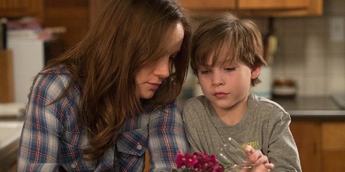 Jacob Trembley and Brie Larson in Room