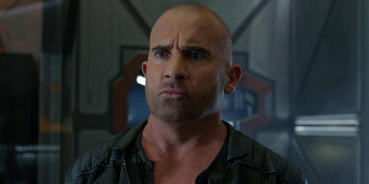 Mick Rory/Heat Wave (Dominic Purcell) looks confused on Legends of Tomorrow