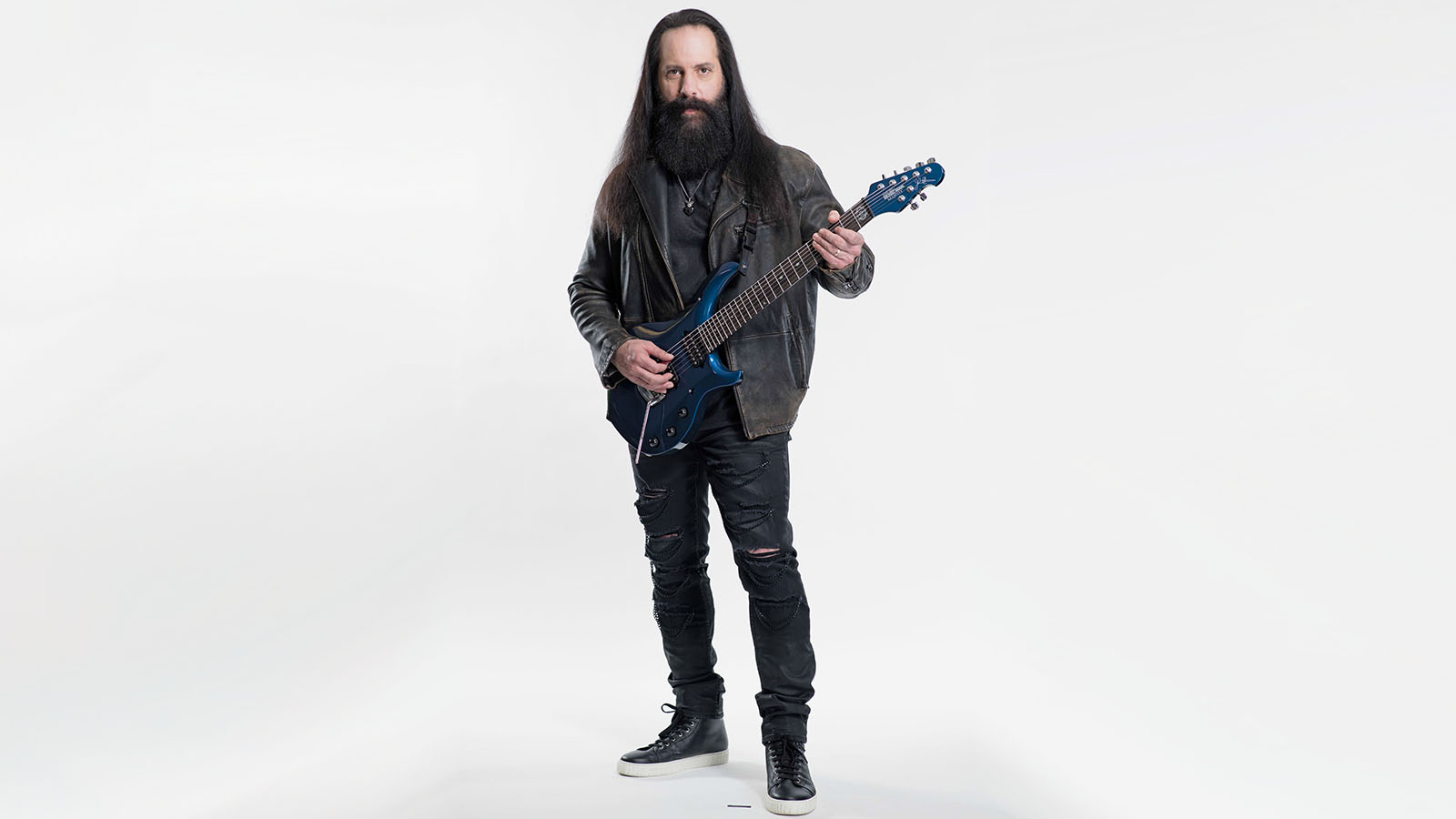 John Petrucci Discusses Dream Theater's Back-to-Basics New Album, 'Distance Over Time'