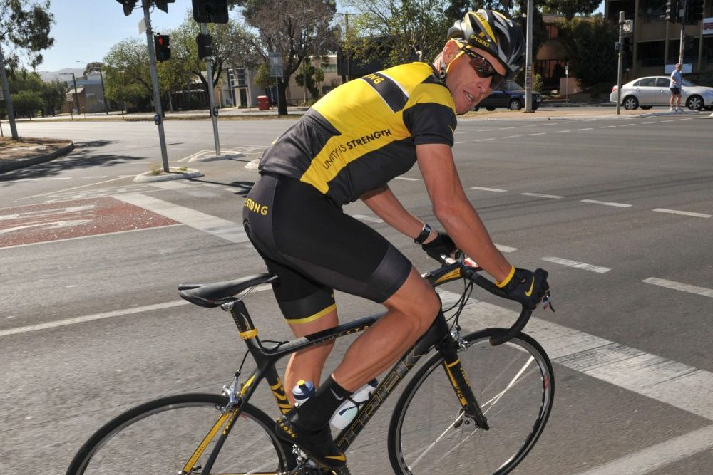 Lance Armstrong Narrowly Beaten Into Second Place In Us