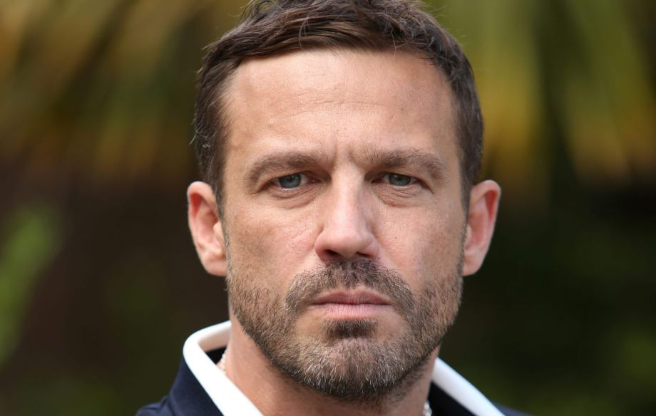 Warren Fox played by Jamie Lomas in Hollyoaks