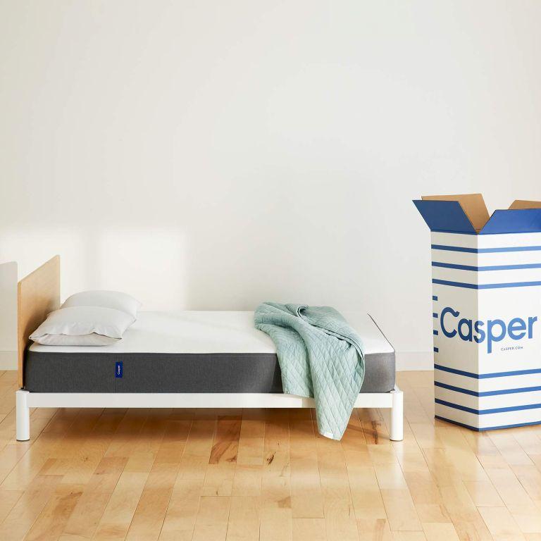 Casper mattress discount: mattress on bed with box
