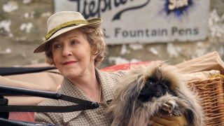 Patricia Hodge in All Creatures Great and Small