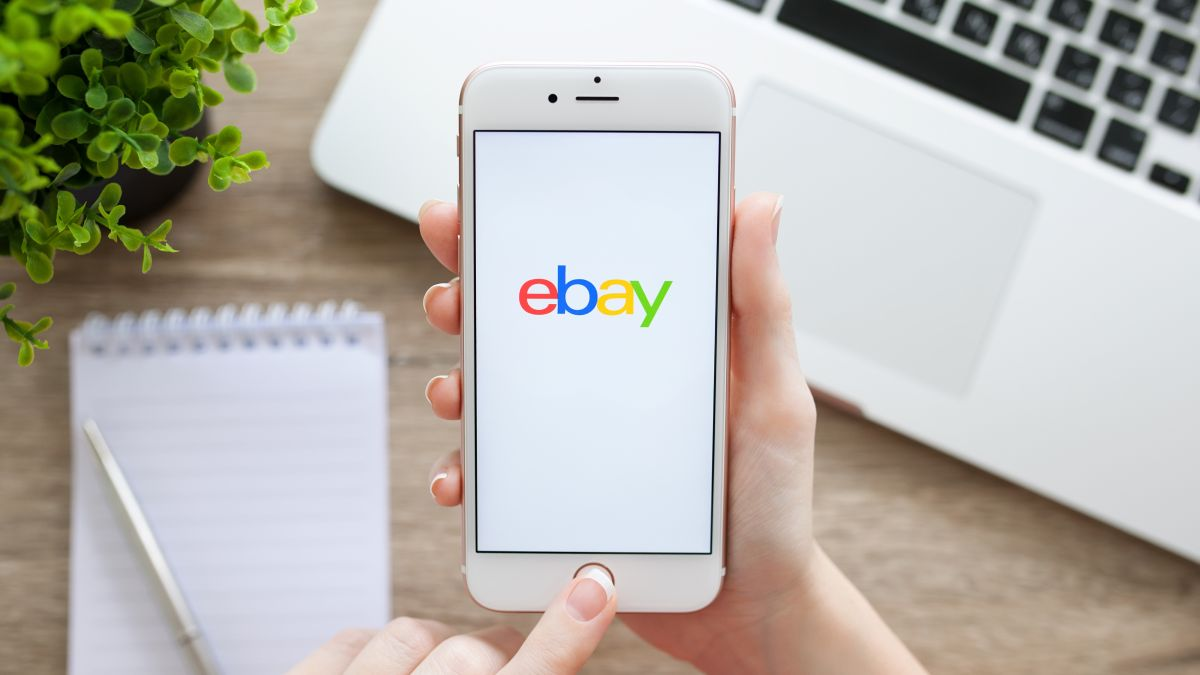 Ebay S Au 99 Apple Airpods Deal Is Back Headlining A Huge Plus Month June Sale News Akmi