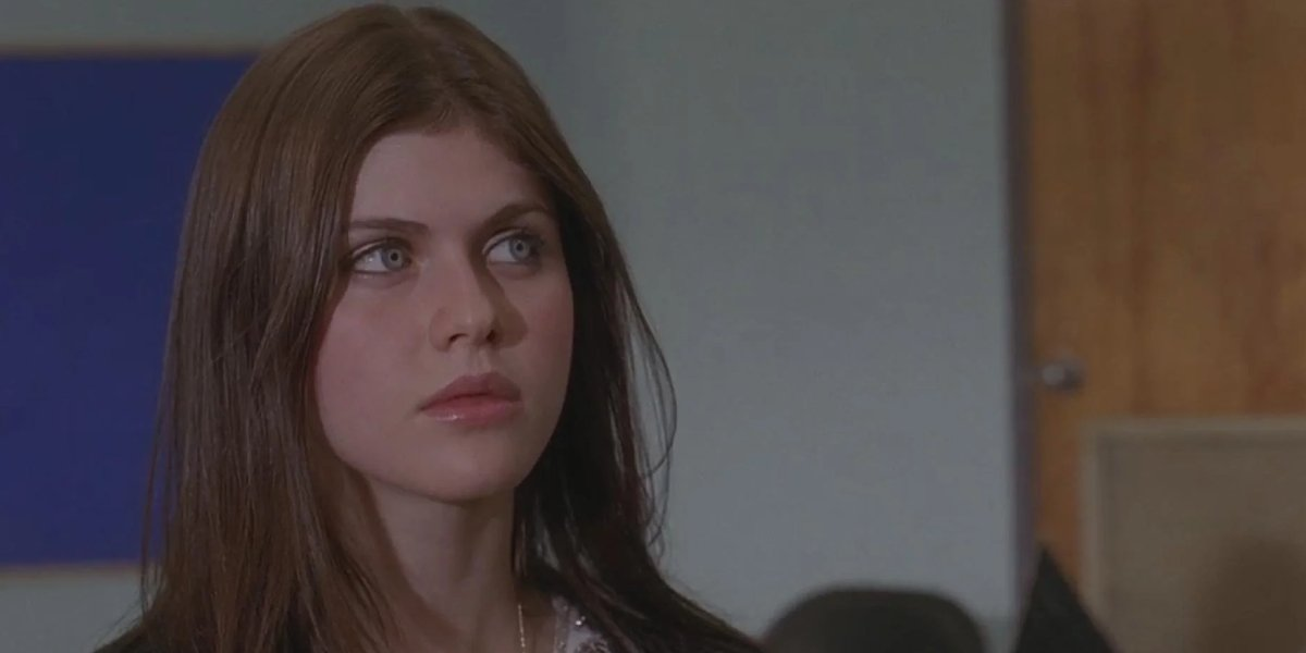 Alexandra Daddario in The Babysitters