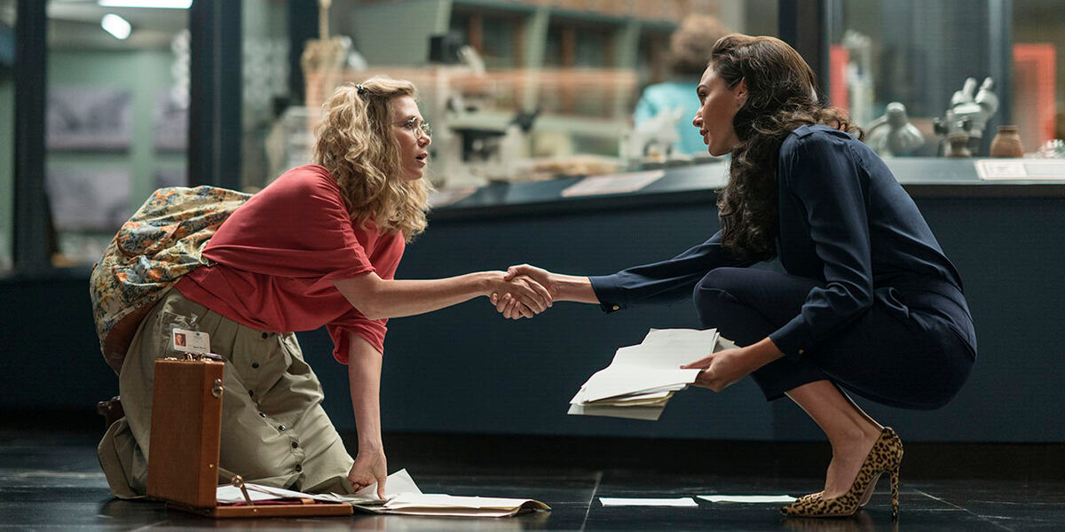 Kristen Wiig and Gal Gadot in Wonder Woman 1984