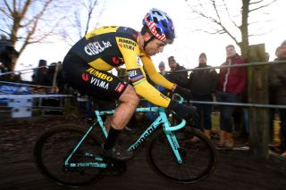 Wout van Aert (Jumbo-Visma) made his return from injury at the 2019 Loenhout Azencross race