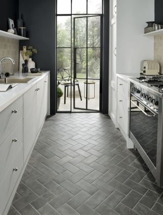 11 tile design ideas to make a small kitchen feel bigger ...