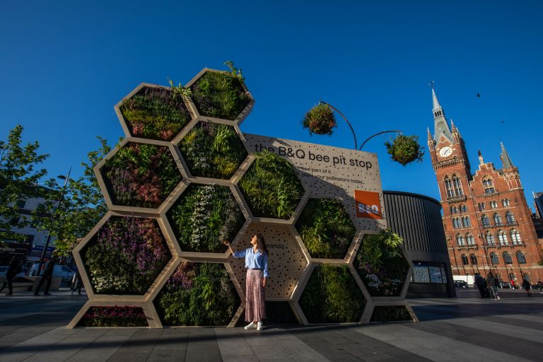 Huge Bee Pit Stop to encourage bee conservation unveiled in London | Real Homes