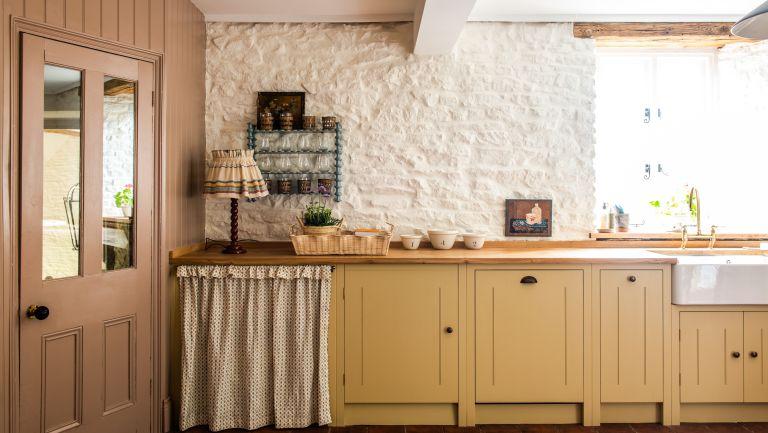 edit58 kitchen by British Standard