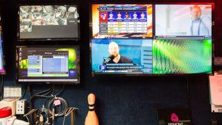 Cloverleaf Family Bowl Blends Timeless Fun With Next-Gen AV