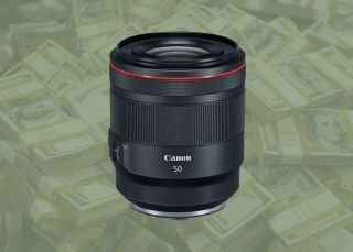 Get £320 double cashback on the Canon RF 50mm f/1.2L USM lens!