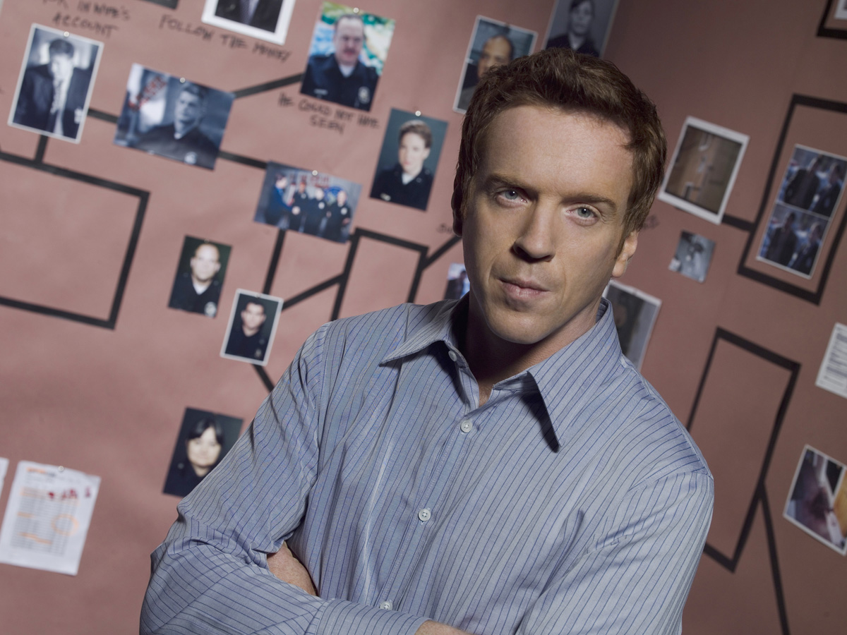 Damian Lewis reveals 'American persona'