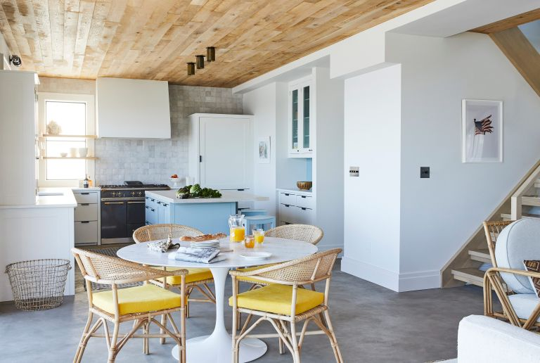 beach house kitchen with dining area