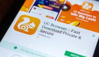 The UC browser's Google Play listing, as displayed on an Android phone.
